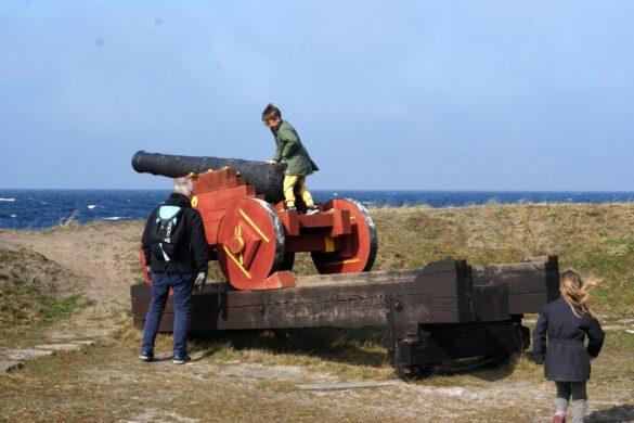 gaet et eventyr ved pyritsoen paa bornholm